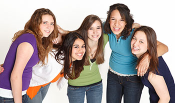 lifestyle group of five teenage friends